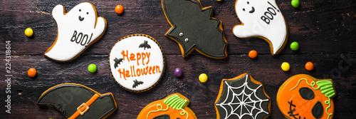 Fényképezés  Halloween Gingerbread Cookies - pumpkin, ghosts, bat,  on woden