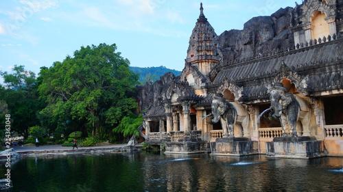 Deurstickers Bedehuis temple in thailand