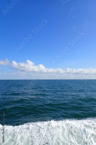 Fotografia  Welle vom Schiff auf der Nordsee