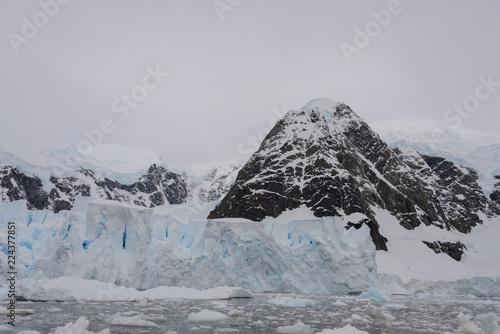 Staande foto Antarctica Glacier in Antarctica