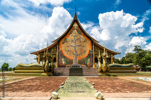 Deurstickers Bedehuis Sirindhorn Wararam or Phu Phrao Temple. The temple is glittering at night and is located in Ubon Ratchathani, Thailand.