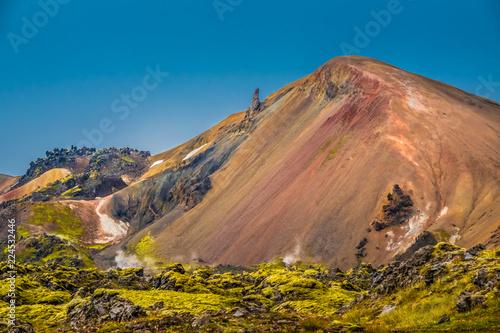 Poster Afrique du Sud The surreal landscapes of Landmannalaugar along the Laugavegur hiking trail, Highlands of Iceland