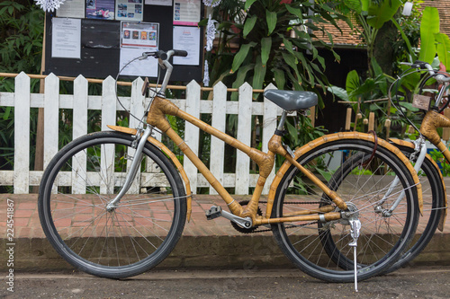 Bamboo bikes, bicycle parts are made of bamboo