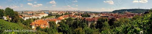 Staande foto Praag Krajobraz pięknej stolicy Czech, Pragi pełnej zabytków i historii