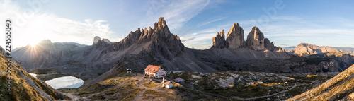 Sonnenaufgang an der Dreizinnenhütte Tablou Canvas
