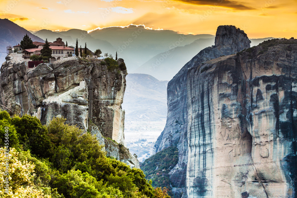 Fototapeta Monastery of the Holy Trinity i in Meteora, Greece