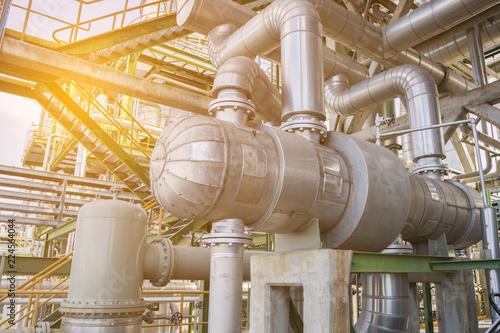 Fotomural  Heat exchanger in refinery plant