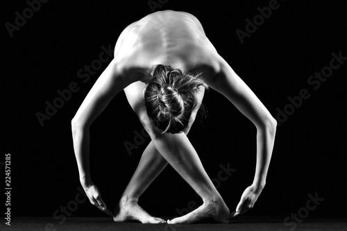 Fotografie, Obraz  Fotografia di nudo artistico fotografico di silhouette di donna sexy adulto con