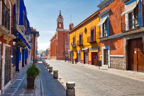 Fotomural Puebla, Mexico-20 April, 2018: Puebla streets in historic center