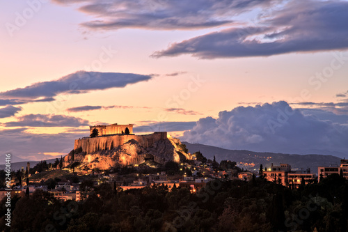 Fotobehang Athene Illuminated Acropolis in Athens, Greece at dusk