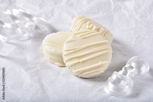 Gourmet white chocolate cookies