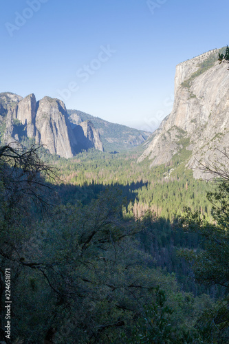 Photo  West Yosemite Valley