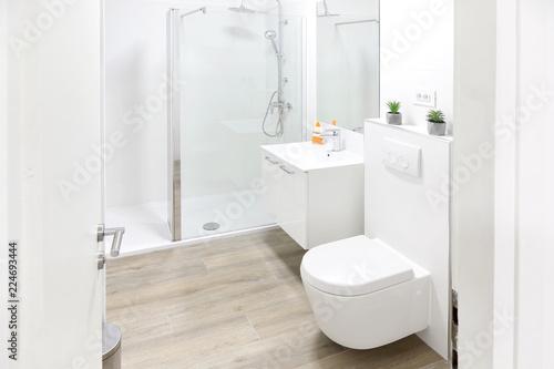 Fotografía  Home bathroom interior