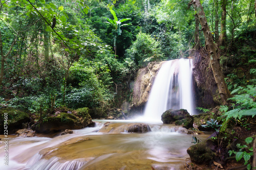 Foto op Plexiglas Watervallen Beautiful and inaccessible mountain waterfall