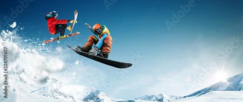 Fotografía Skiing. Snowboarding. Extreme winter sports