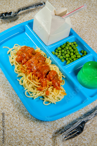 In de dag Assortiment Lunch Tray Spaghetti and Meatballs