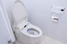 洋式トイレ シャワー...