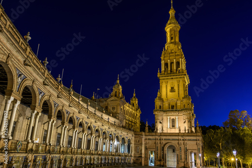 Poster Artistique view of the Plaza de España in Seville at night in Andalucia, Spain