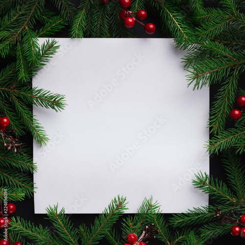 Spoed Fotobehang Kerstmis Fir tree branches with red christmas balls frame