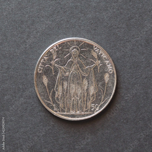 Fotografia  50 liras coin from Vatican