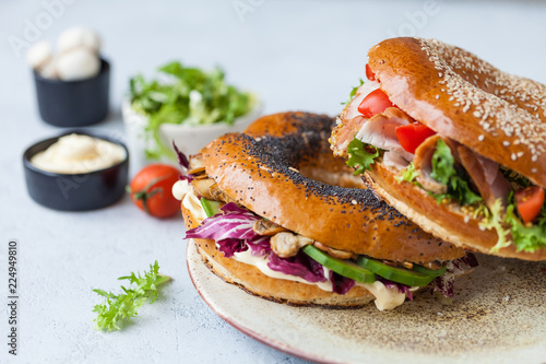 Photo Stands Snack sandwich in a bagel