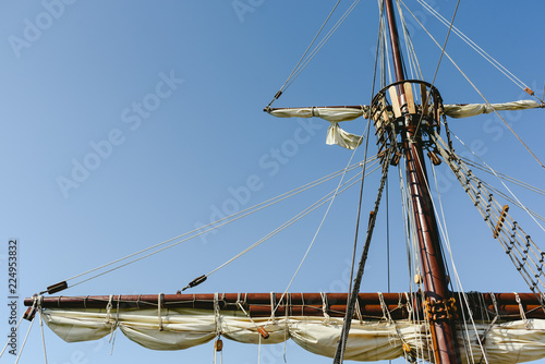 Valokuvatapetti Sails and ropes of the main mast of a caravel ship, Santa María Columbus ships