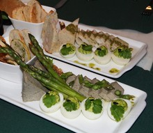 Snacks And Finger Foods For St...