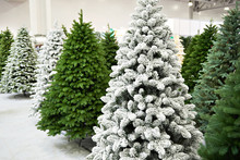 Decorative Artificial Christma...