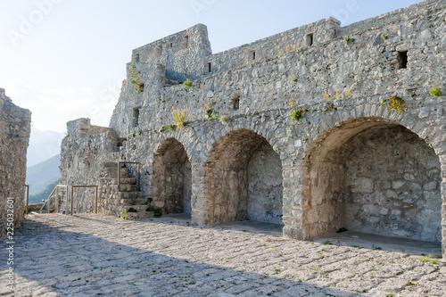 Fotografia The ruins of the ancient castle Arechi in Salerno