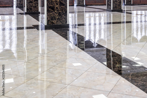 Fotomural  Marble floor in the luxury lobby of office or hotel