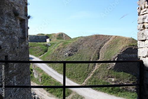 Photo sur Plexiglas Zen pierres a sable Kam'yanets Castle