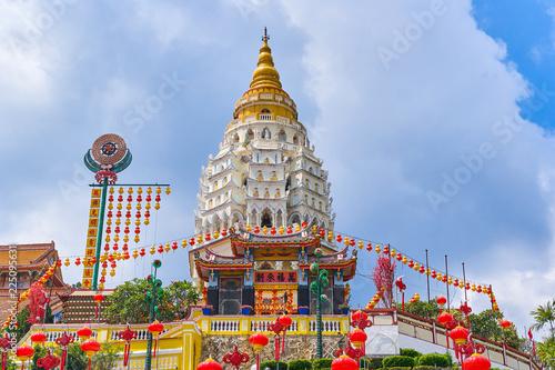 Fotobehang Bedehuis Kek Lok Si Temple on Penang island, Georgetown, Malaysia