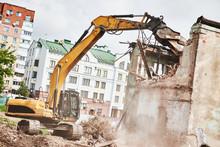 Excavator Crasher Machine At D...