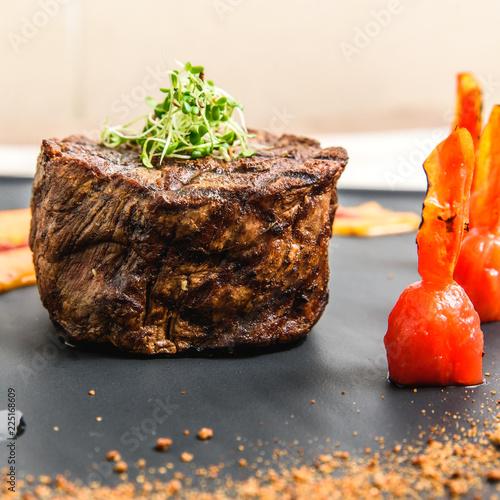 Fotobehang Bonsai fresh fried steak on a grill pan