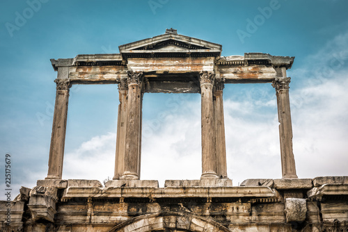 Fotobehang Athene Arch of Hadrian in Athens, Greece