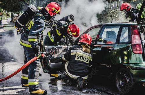 Obraz Car Fire - fototapety do salonu
