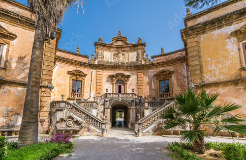 Photo The beautiful Villa Palagonia in Bagheria, near Palermo