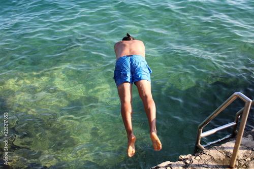 Fotografía  Fare un tuffo nel mare