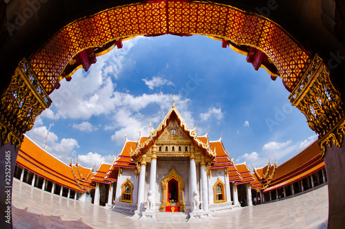 Photo  Temples and Buddhist faith, Marble Temple of Bangkok, Thailand