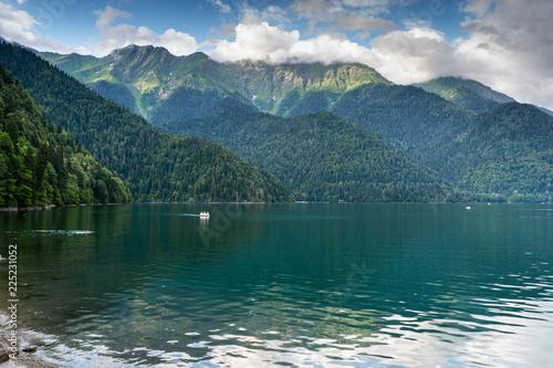 Poster Bergen lake Ritsa