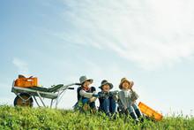 農作業の合間の休息
