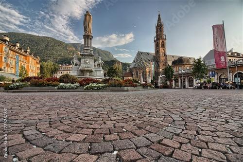Fotografie, Obraz  Bolzano, Piazza Walther