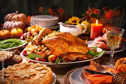 Fotomural  Thanksgiving turkey dinner