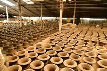 Vinh Long, Socialist Republic Of Vietnam - August 17 2018 : Brickworks And Pottery Workshop