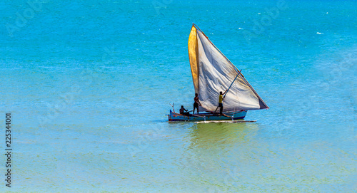 La pose en embrasure Zanzibar Boat of Madagascar