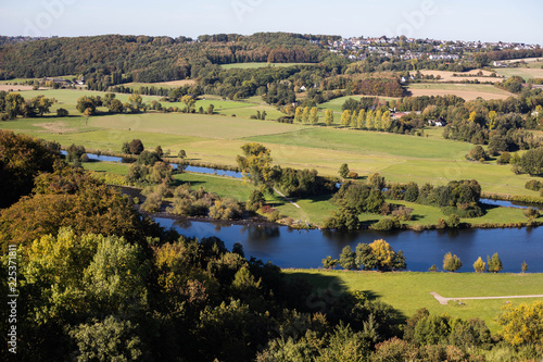 Photo  historical village panorama view from roof of castle blankenstein in europe germ