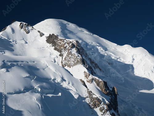 Poster Donkergrijs Peak of Mont Blanc in the French Alps
