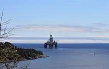 Oil Rig Just Off Shore At Bay ...