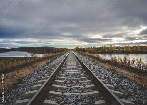 Keuken foto achterwand Spoorlijn Railroad trough the nature