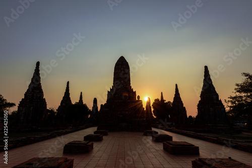 Tuinposter Boeddha Wat Chaiwatthanaram at sunset, Ayutthaya, Thailand